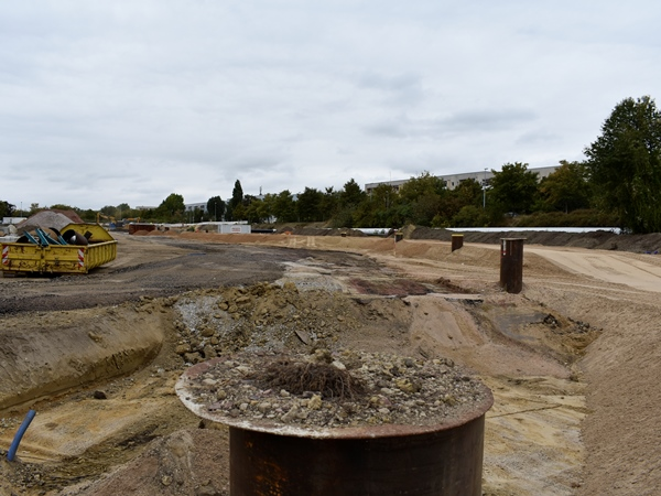 Der Boden wurde bereits ausgetauscht und neuaufgebaut. (Aufnahme: September 2018)