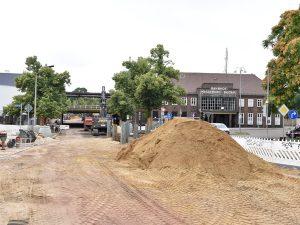 Blick zum Buckauer Bahnhof. Hier wird zukünftig die Straßenbahn halten. (Aufnahme 25.7.2019)