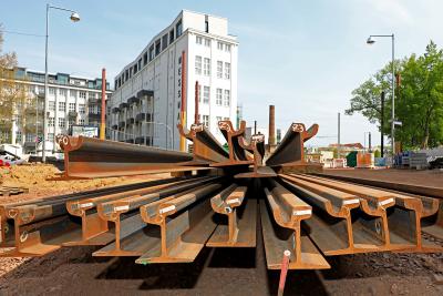 Schienen liegen bereit. (Foto: Peter Gercke, Mai 2020)
