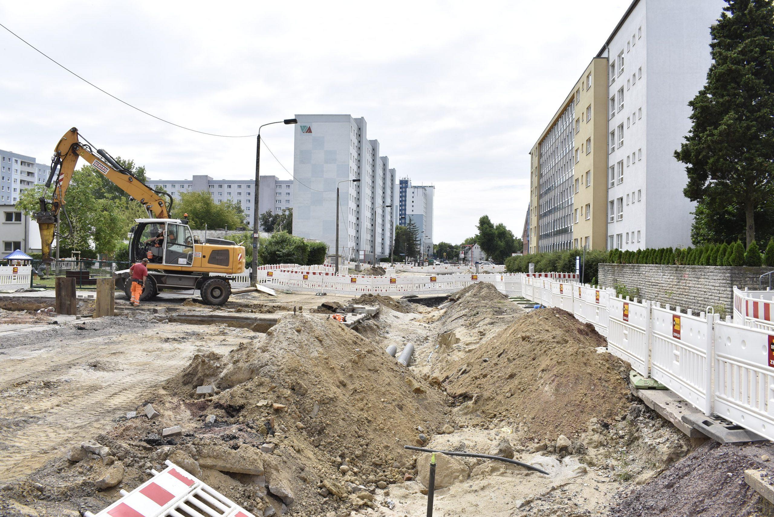 Leitungsumverlegungen in der J.-R.-Becher-Straße.